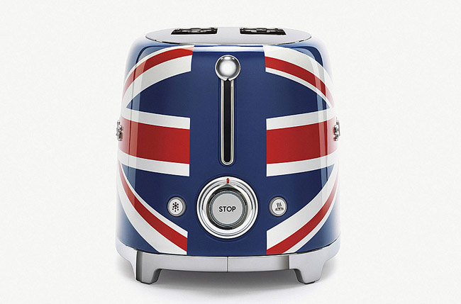 Smeg Union Jack retro toaster unveiled