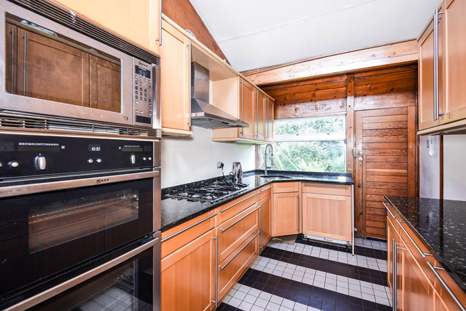 For sale: 1960s Edward Samuel house in Stanmore, Greater London