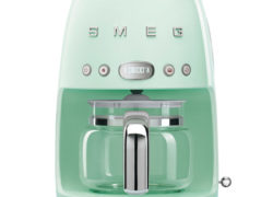 Smeg 1950s-style filter coffee machine makes its debut