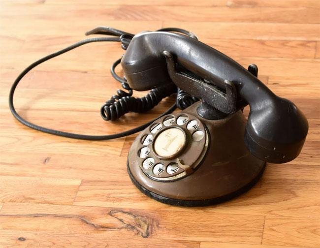 Antique Alexa telephones by Grain Design