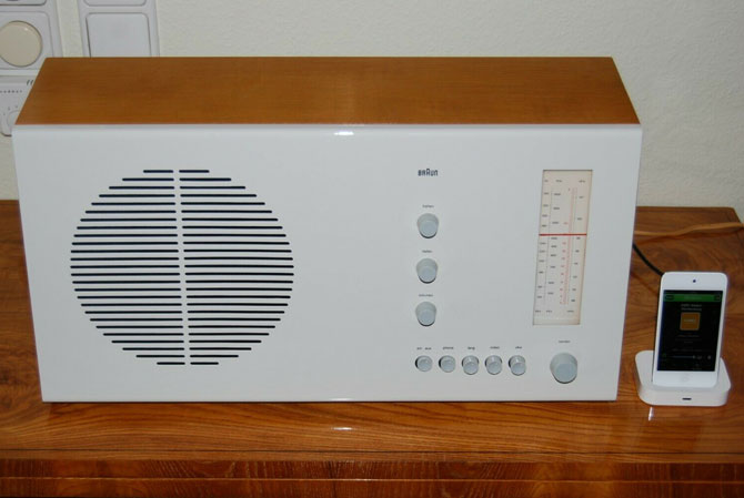 1960s Dieter Rams-designed Braun RT2 radio on eBay