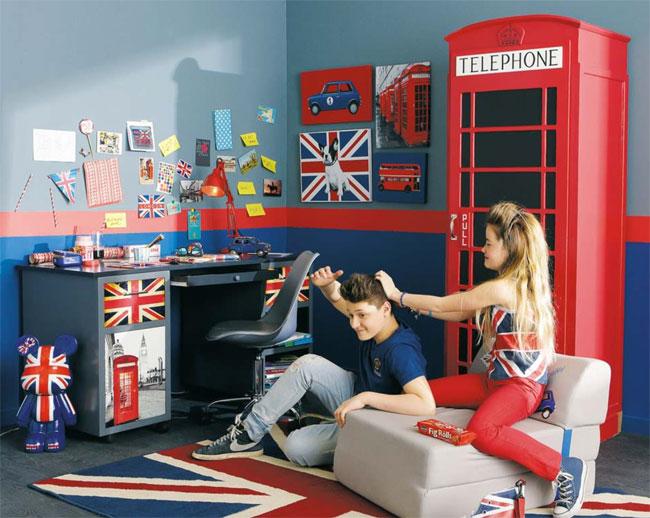 Red phone box wardrobe for kids at Maisons Du Monde
