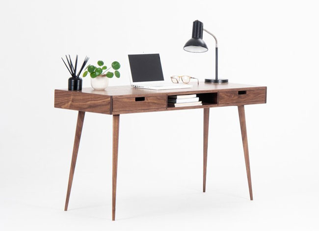 8. Midcentury modern computer desk by Mo Woodwork