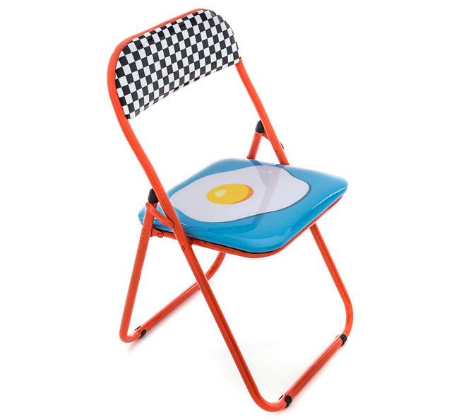 Blow pop art folding chairs by Seletti