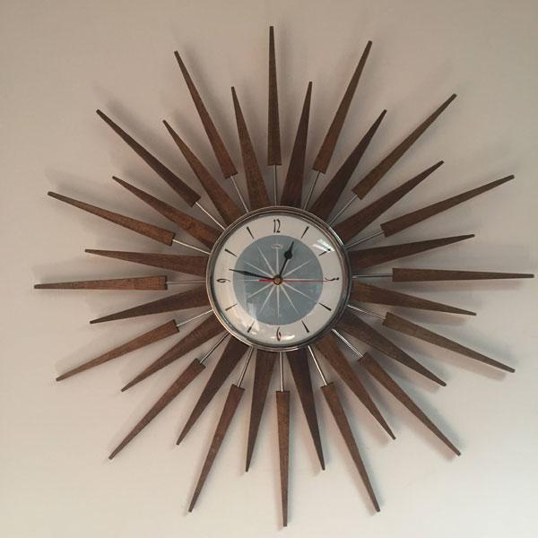 29. 10 of the best retro sunburst wall clocks