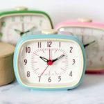 10 super cute retro alarm clocks