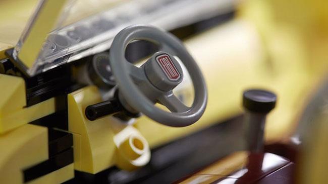 1960s Fiat 500F becomes a Lego set