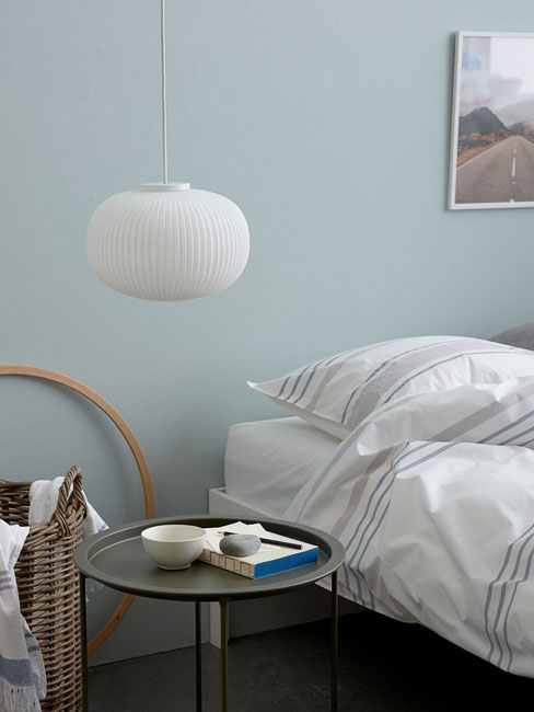 18. George Nelson-style Fred pendant light