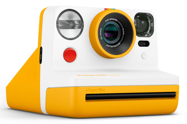 Retro Polaroid Now i‑Type Instant Camera debuts