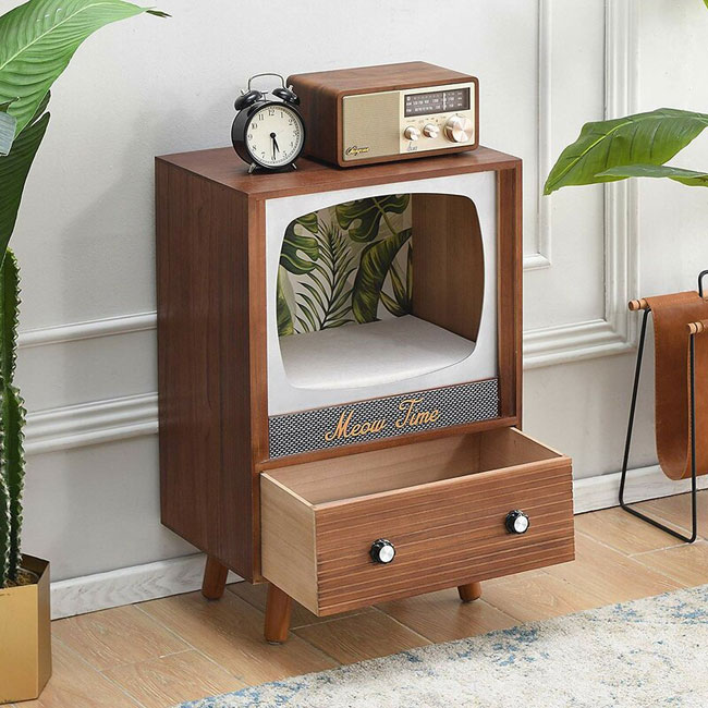 1. 1950s television cat house by Archie and Oscar