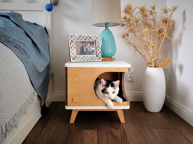 5. Retro Box cat house by PurrFur
