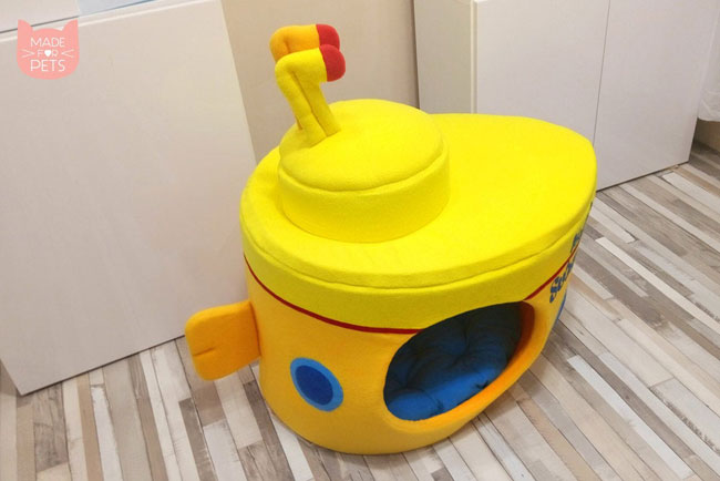 Yellow Submarine cat house by Made For Pets