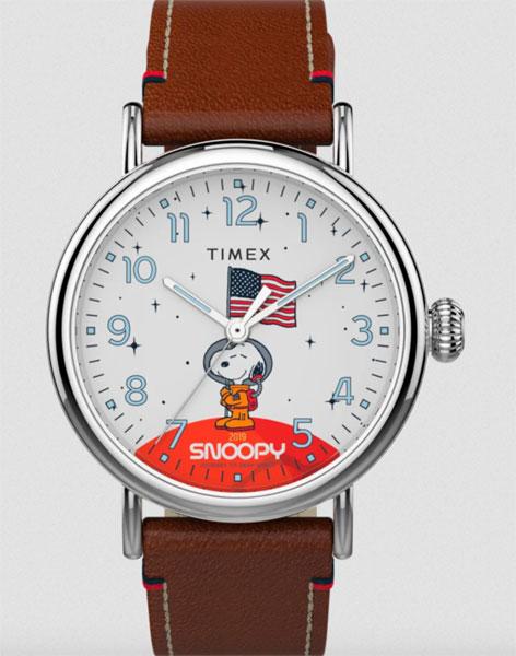 Timex x Space Snoopy watch