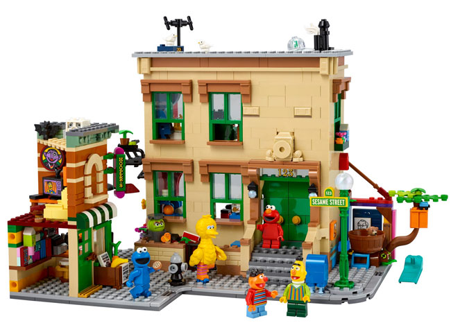 123 Sesame Street Lego Set hits the shelves