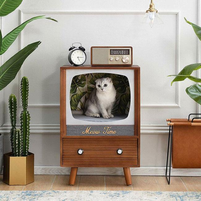 35. Six of the best retro cat houses