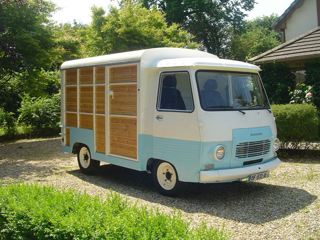 1970s Peugeot J7 retro catering van on eBay