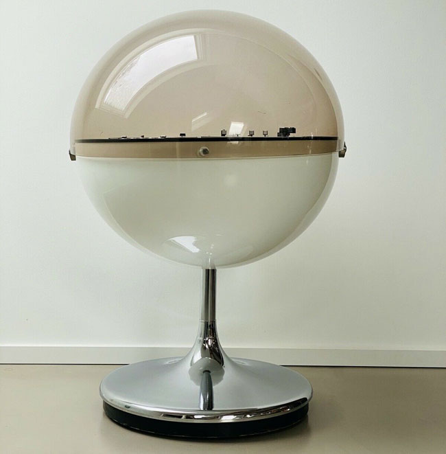 1970s Rosita Vision 2000 space-age audio system on eBay