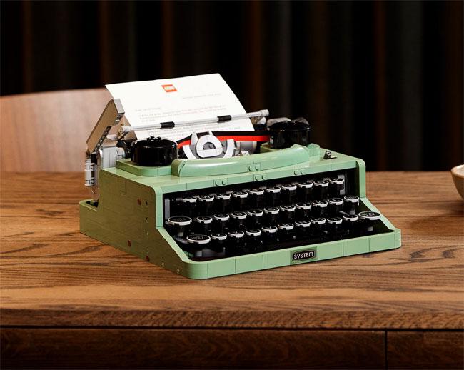 Vintage 1950s Typewriter Lego Set now available