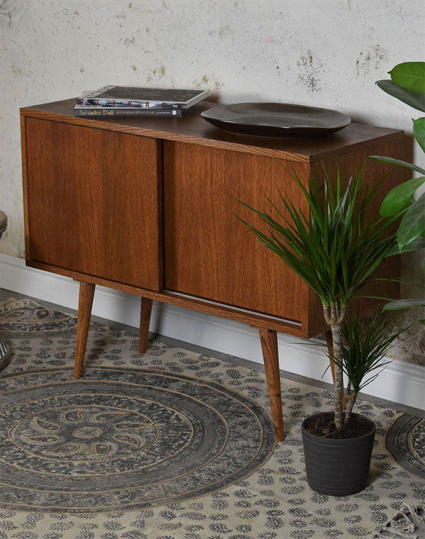 Handmade 1960s-style furniture by Pastform